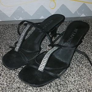 Metaphor black strappy dress heels size 7